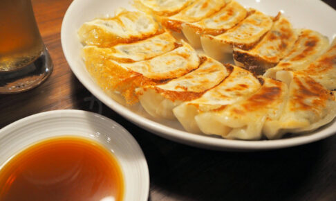「餃子の雪松」実食レビュー!無人だけど餃子の買い方も簡単でした(明石鳥羽店)