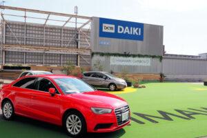 【開店】中古車展示場「ひまわりガーデン」がダイキ明石店の屋上駐車場にオープン