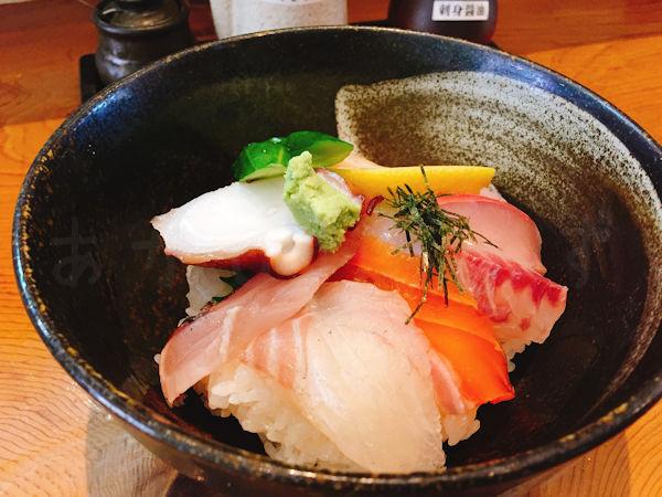 海蓮丸の海鮮丼