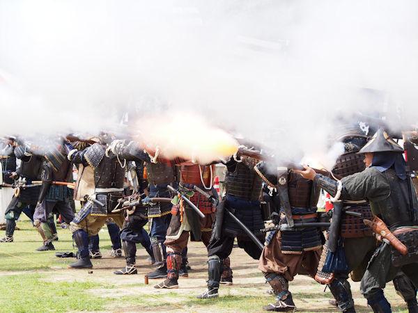 火縄銃の火花