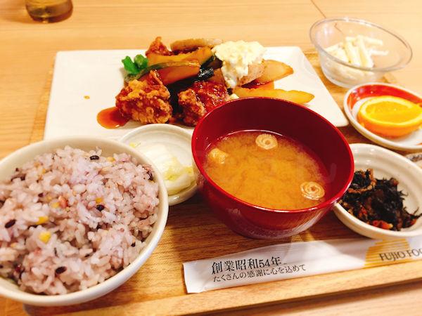 チキン南蛮とたっぷり温野菜定食