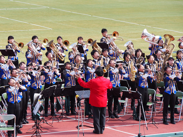 明石市立野々池中学校・吹奏楽部の演奏