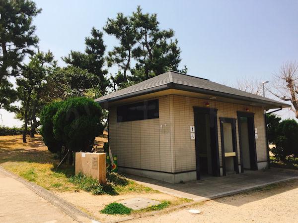 大蔵海岸公園西側(磯浜西側)トイレ