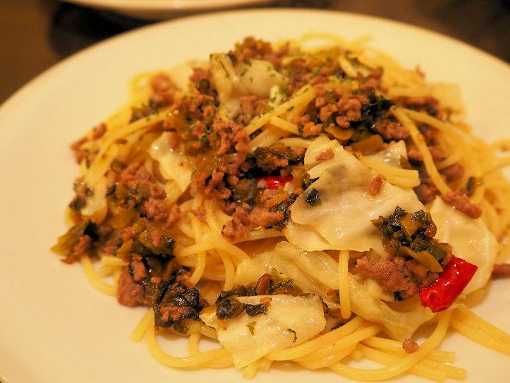 ひき肉と高菜のペペロンチーノ