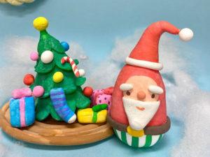 おうちでサンタとツリーを作ってみませんか?クリスマスにも飾れる紙粘土工作